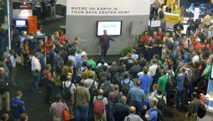 tradeshow booth overwhelmed by visitors